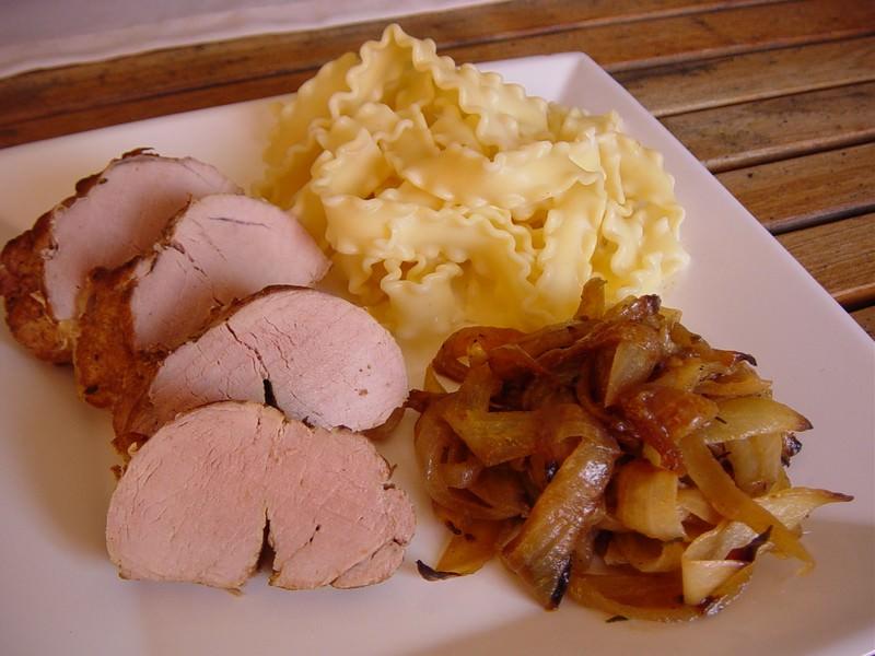 filet mignon de porc aux oignons