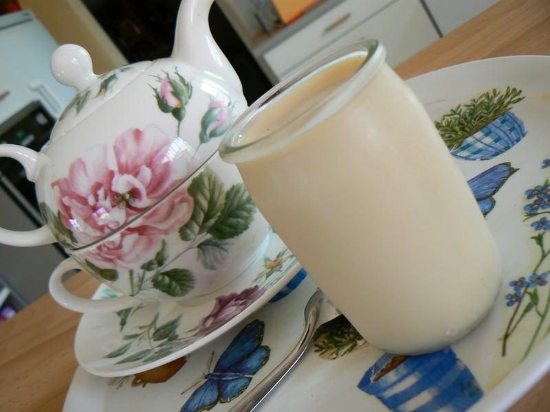 yaourts la vanille et au lait de soja ma p 39 tite cuisine. Black Bedroom Furniture Sets. Home Design Ideas