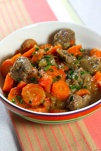 Boeuf bourguignon carottes - Boeuf bourguignon cocotte minute ...