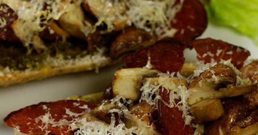 Tartine du dimanche soir, champignons & bacon