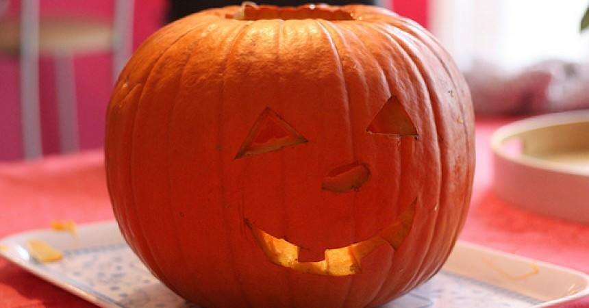 Comment faire une lanterne citrouille d halloween ma p 39 tite cuisine - Faire une citrouille d halloween ...
