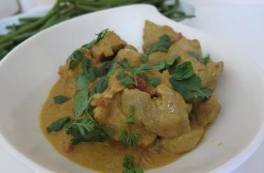 Curry de porc à la crème de coco