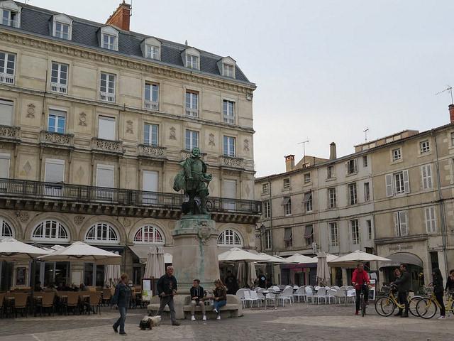 Place de l'Hôtel de Ville - La Rochelle
