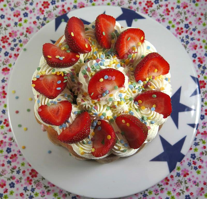 Recette de la charlotte aux fraises ma p 39 tite cuisine - Jeux de charlotte aux fraises cuisine gateaux ...