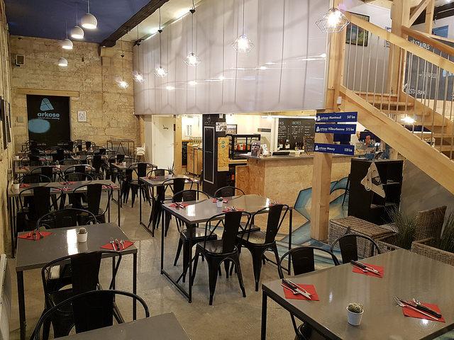 Arkose bordeaux restaurant escalade yoga bordeaux - Bureau de change bordeaux intendance ...