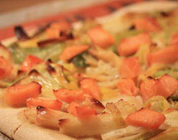 Pizza saumon et fondue de poireaux