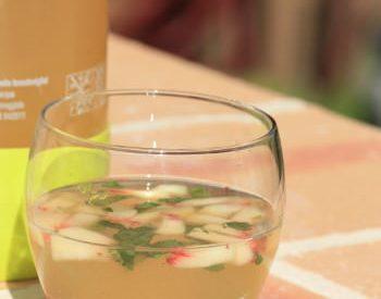 Vin blanc à la pèche