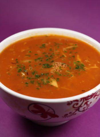 Soupe de vermicelles à la tomate