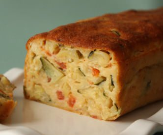 Cake aux tomates & courgettes