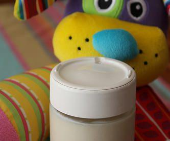 Yaourts maison pour bébé au lait de croissance ou au lait 2ème âge