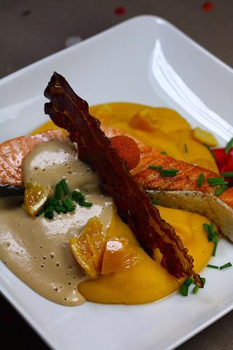 Pur e de courge saumon grill mulsion carotte audrey - Faire une emulsion en cuisine ...