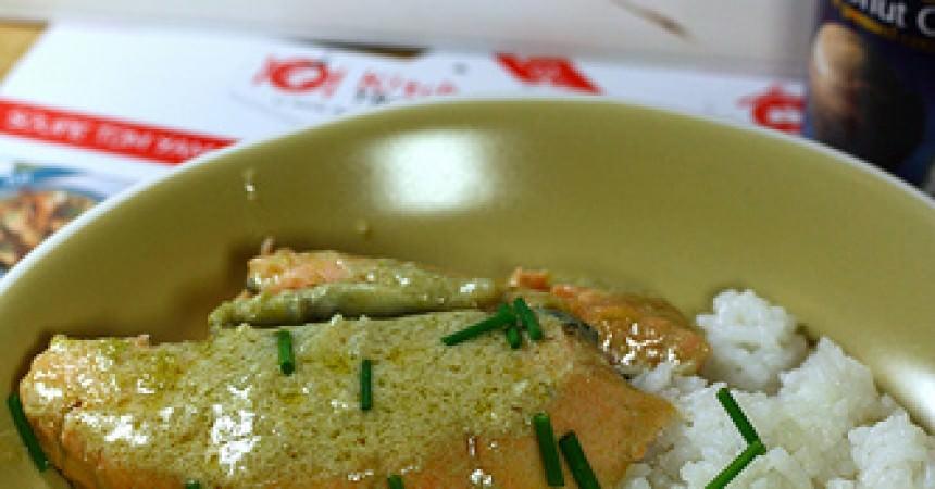 Saumon au curry vert, avec ma box Kitchen Trotter