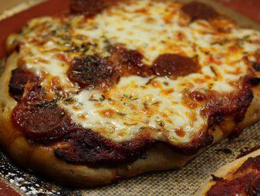 Recette de la pizza pepperoni