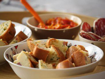 Cake lard, parmesan & ciboulette