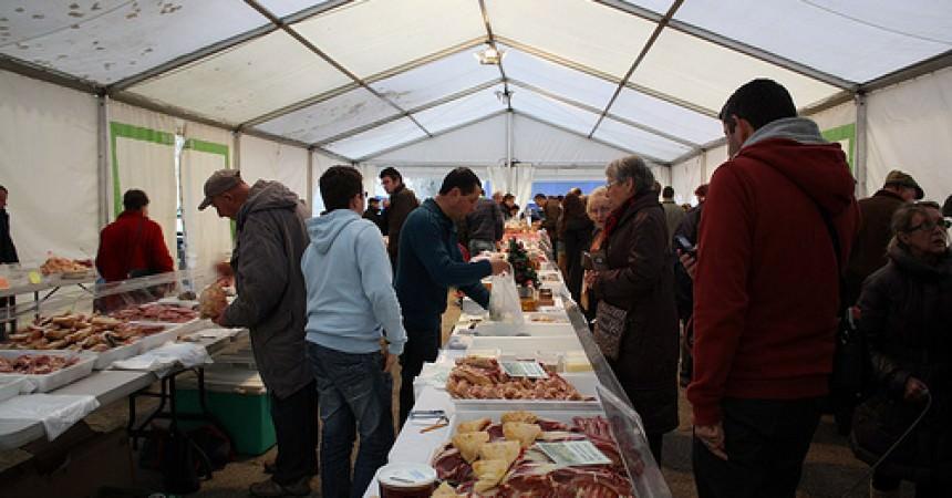 Le marché au gras et aux truffes de Périgueux I Dordogne