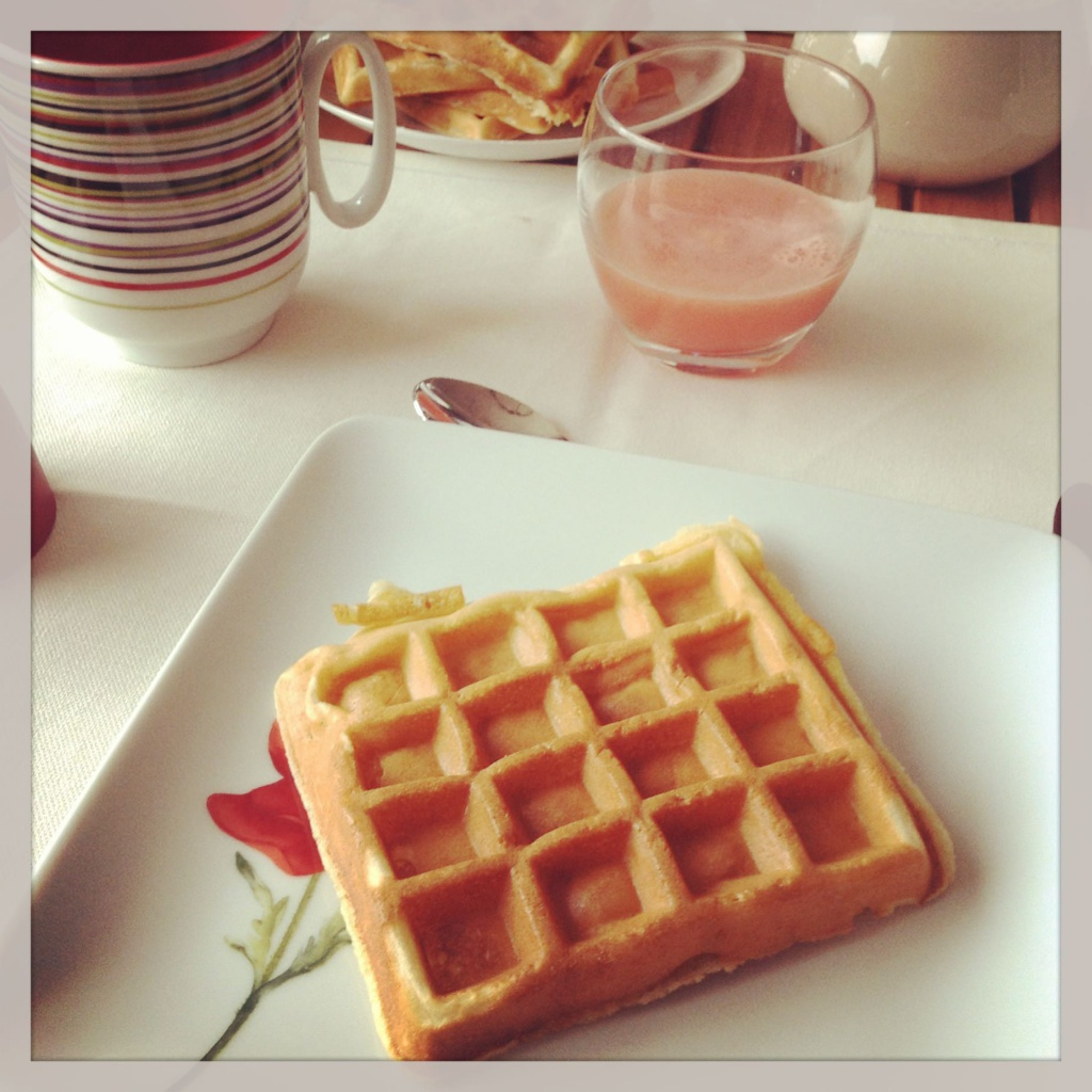 recette de gaufre maison pour le petit d jeuner ma p. Black Bedroom Furniture Sets. Home Design Ideas