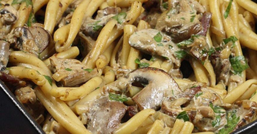 P tes aux c pes et la cr me ma p 39 tite cuisine - Cuisiner champignons de paris frais a la poele ...