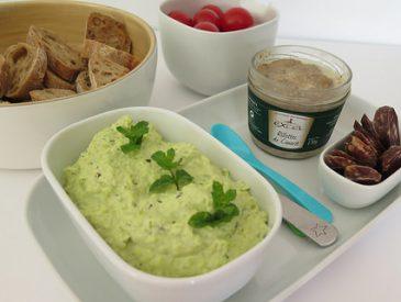 Dis j'en fais quoi des légumes de l'Amap ? Une tartinade de fèves à la menthe !