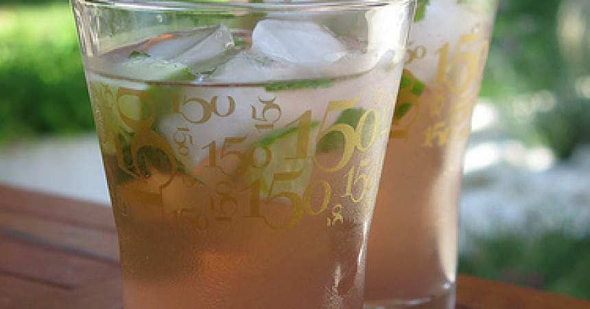 Cocktail au thé glacé façon Cosmopolitan