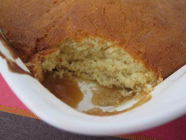 Le Pudding chômeur, un délicieux gâteau caramélisé au sirop d'érable