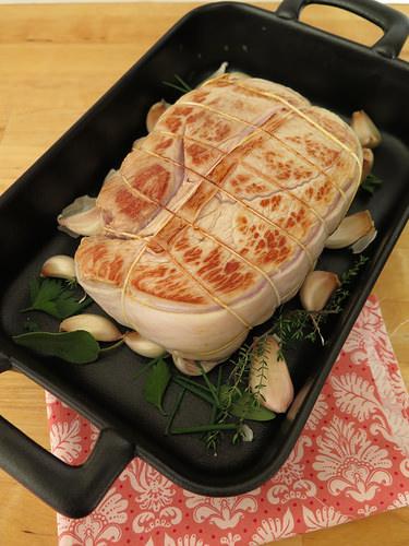 Recette du r ti de veau au four audrey cuisine - Cuisiner un roti de biche ...
