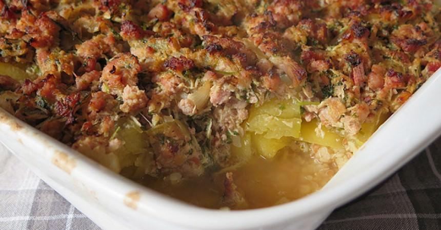 Les légumes de l'amap j'en fais quoi ? Un gratin de courge & chair à saucisse