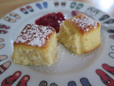 Petit gâteau moelleux à la noix de coco