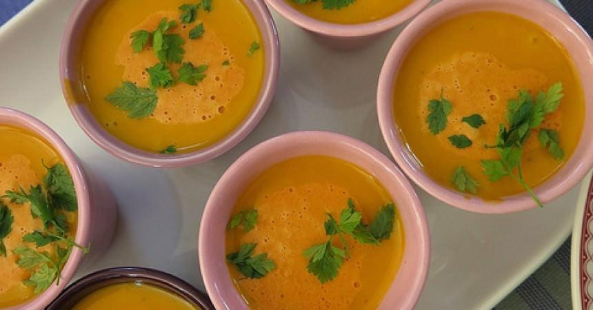 Velouté de potimarron & butternut, crémeux de chorizo