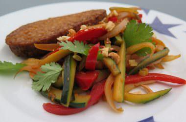 Wok de légumes aux cacahuètes