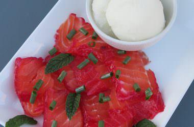 Gravlax de saumon à la betterave, sorbet citron vert