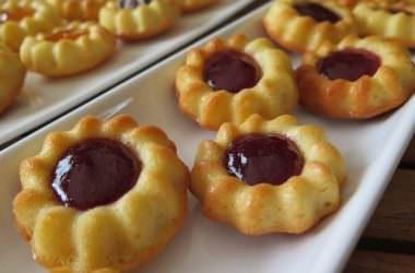 Mini tartelettes noix de coco & confiture
