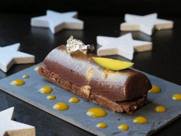 Mini bûches chocolat & mangue pour votre dessert de Noël