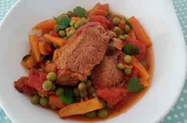Tajine de veau aux carottes et petits pois
