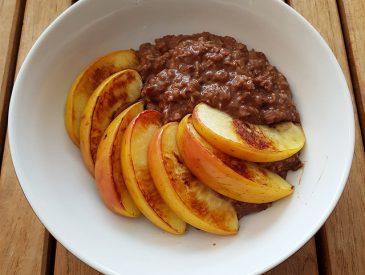 Mon porridge aux pommes pour un petit déjeuner sain et équilibré