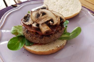 Burgers aux bacon caramélisé & champignons
