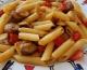 Pâtes complètes, chipolatas & poivrons rouges