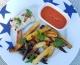 Pavé de poisson, frites d'aubergines & pommes de terre sauce au poivrons