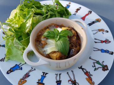 Le lundi c'est veggie : cocotte d'aubergines aux poivrons & fromage de chèvre
