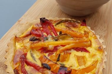 Tarte aux poivrons multicolores
