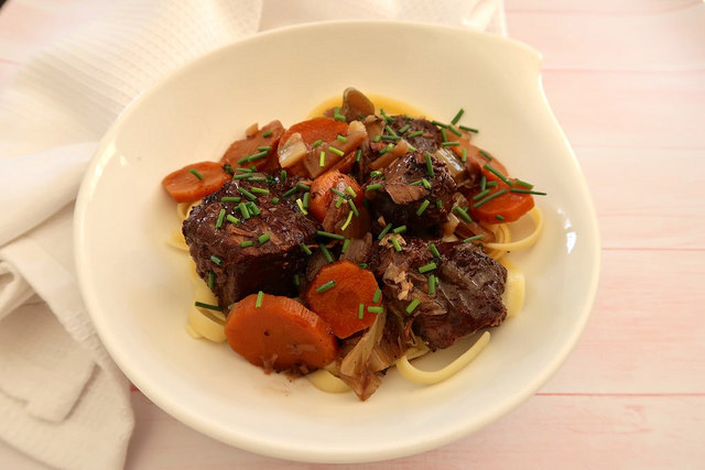 Boeuf mijoté à l'Italienne, recette de Jamie Oliver