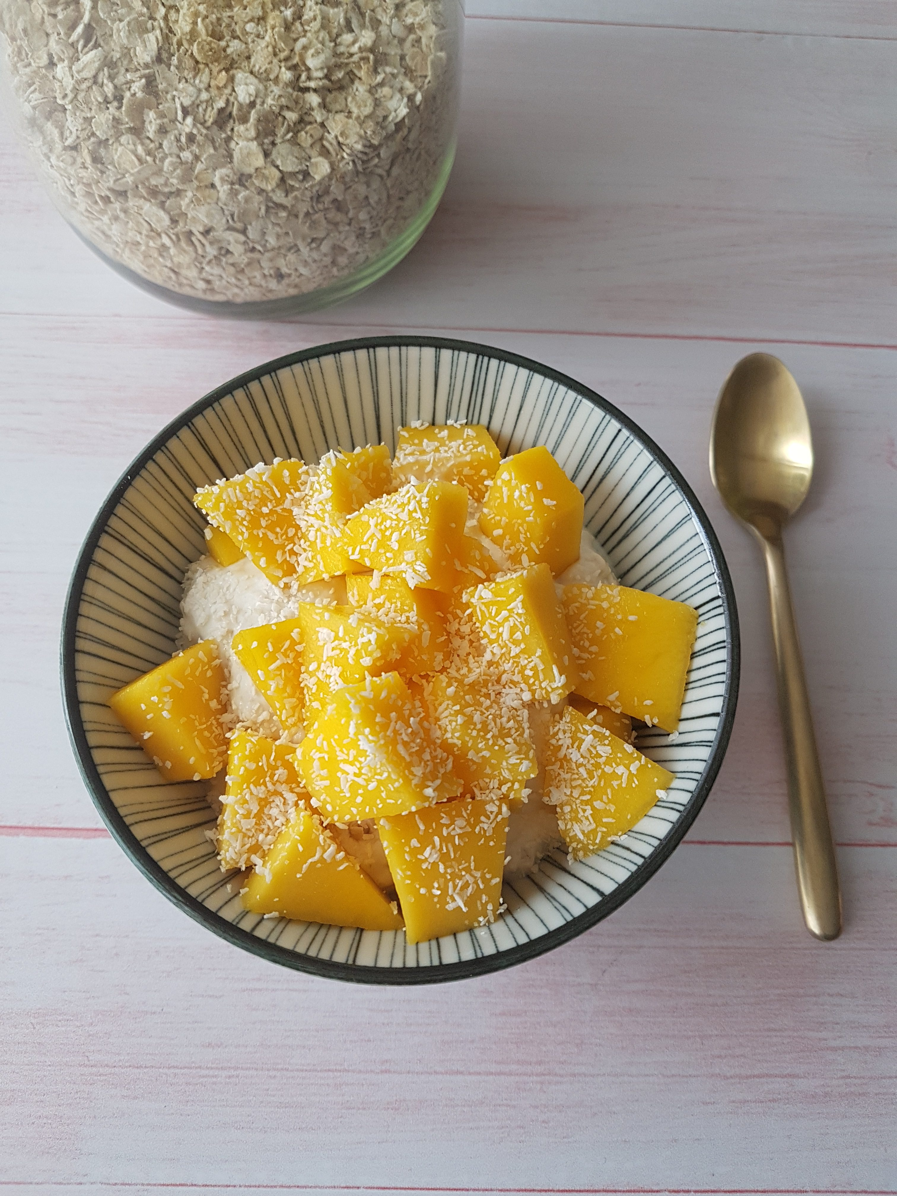 Mon petit déjeuner mangue & coco [recette ww]