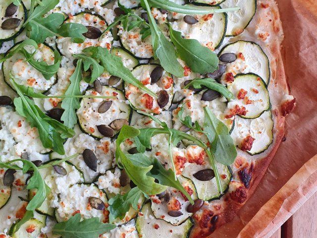 Pizza blanche courgettes et feta