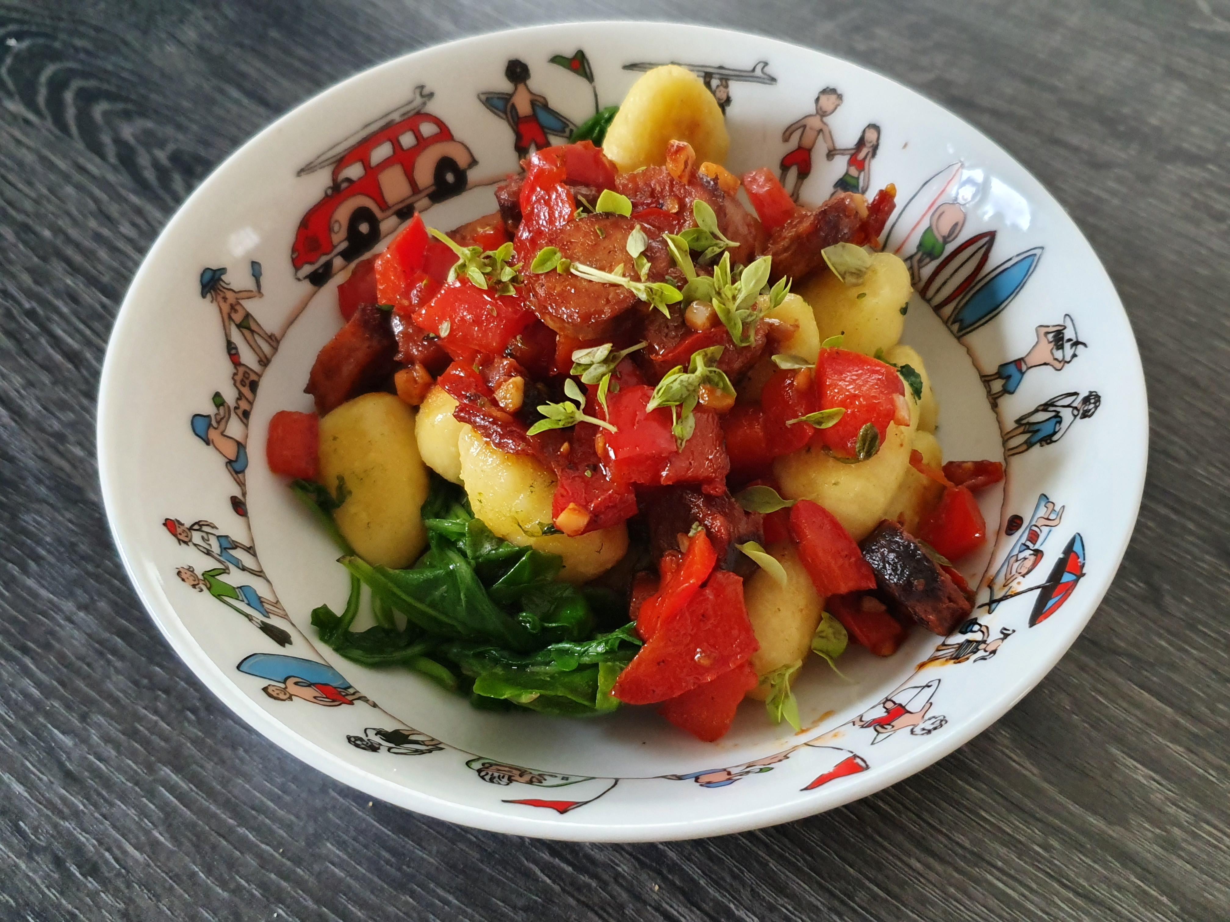 Gnocchis poêlés aux poivrons & saucisses