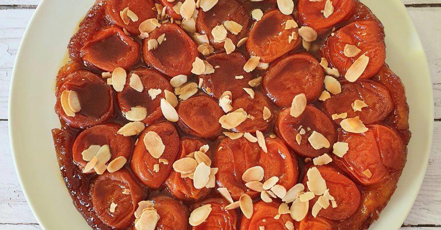 Tatin aux abricots et amandes