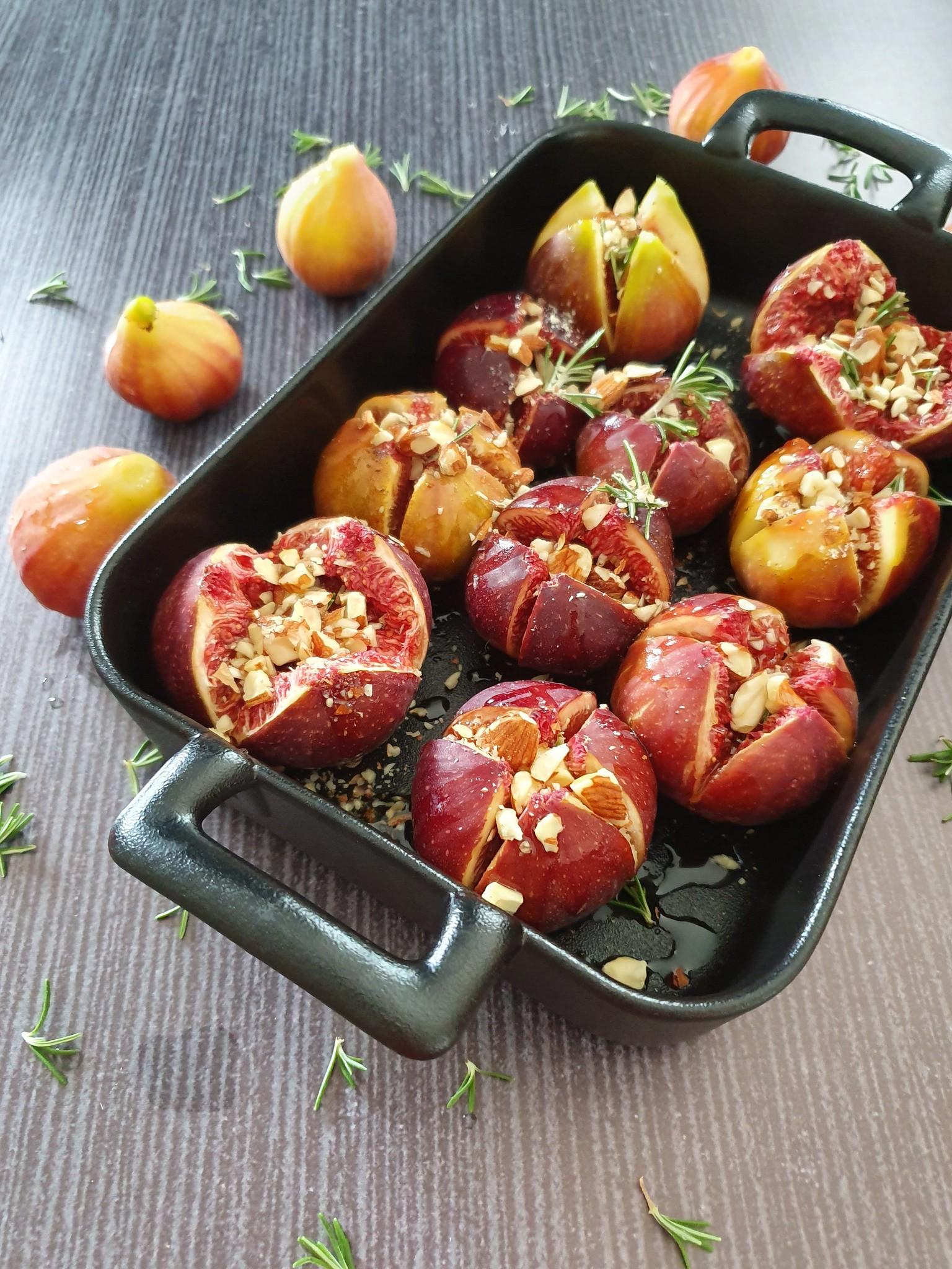 Figues au miel romarin amandes audrey cuisine - Cuisiner des figues fraiches ...